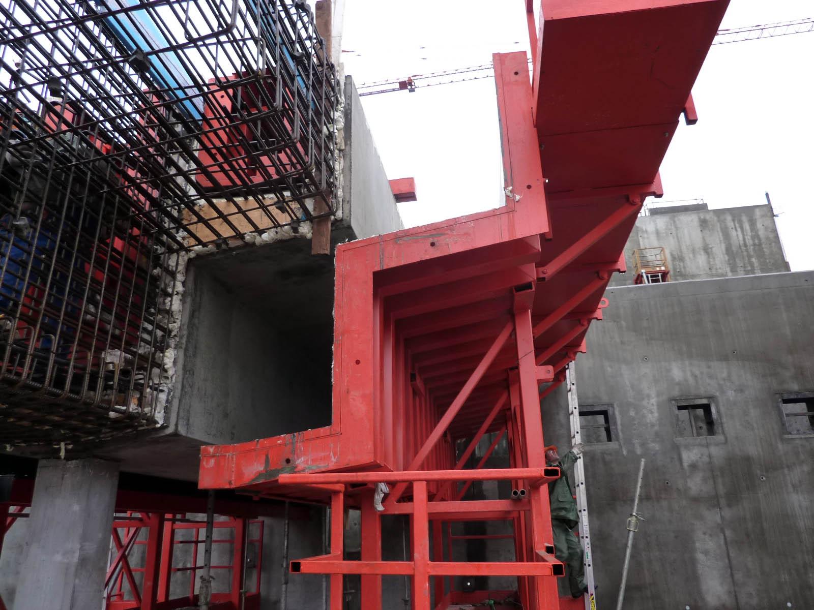 Coffrage métallique pour coulage en place - Triple goulotte STEP