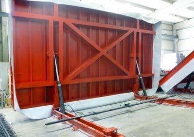 Tables de coffrage relevables à manœuvre hydraulique