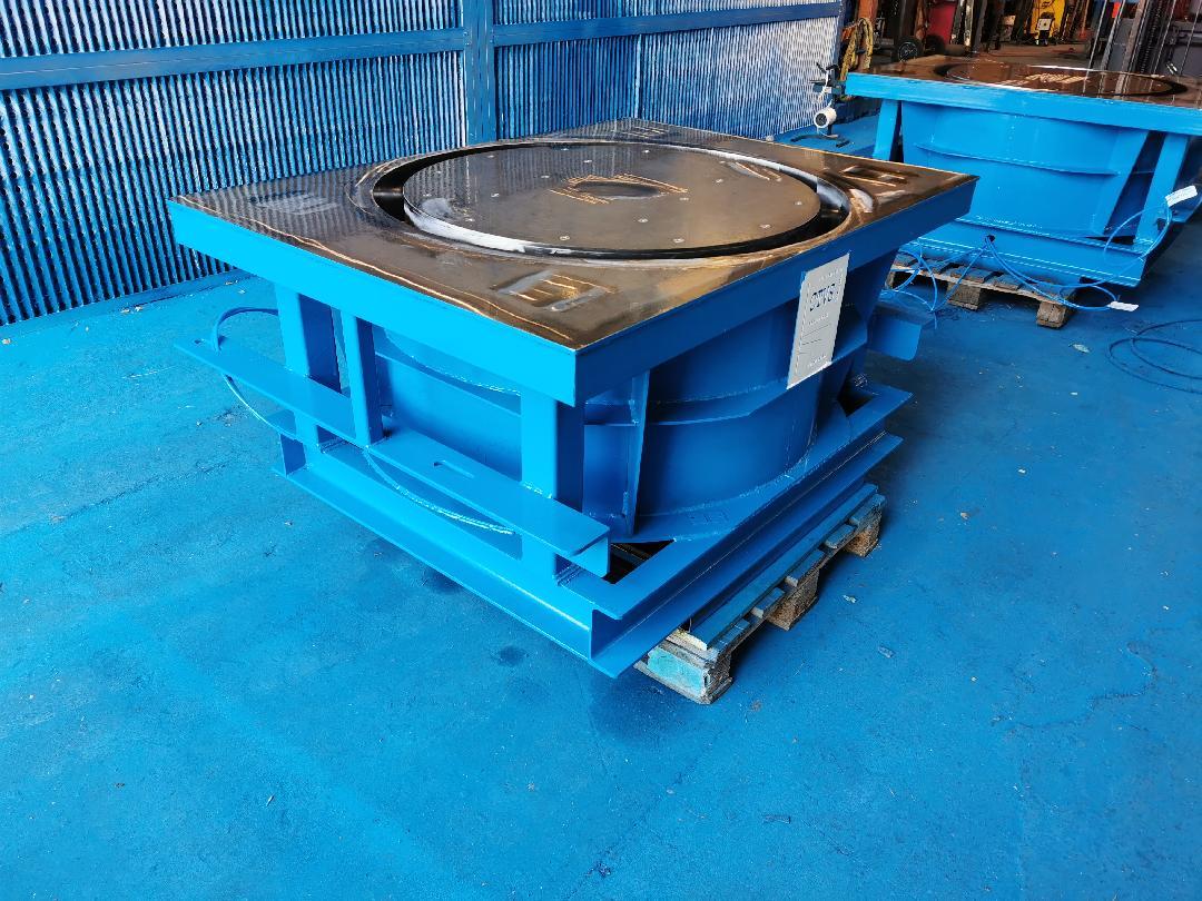Moules de préfabrication pour buses de puits drainants