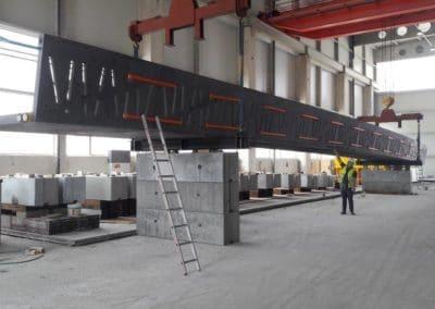 Elément de la passerelle en BFUP du Bouveret, Suisse - 1er trimestre 2018 - Elément SA, usine de Tavel